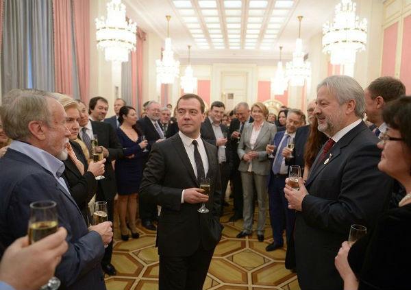 Георгий Данелия и Лев Додин получат премии правительства РФ в области культуры