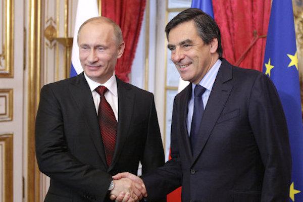 Экс-премьер Франции: Россия – подлинно великая страна, унижать ее недопустимо