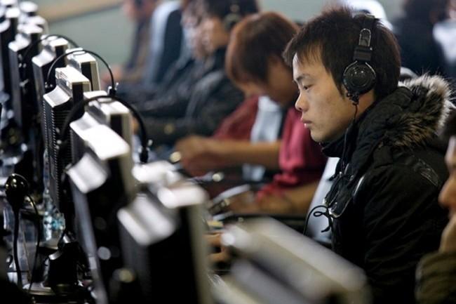 Китаец отрезал себе руку, чтобы не играть в компьютерные игры
