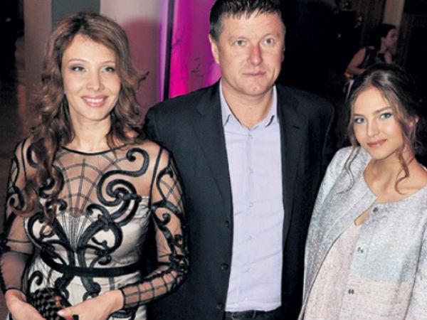 Евгений Кафельников вернулся к бывшей жене