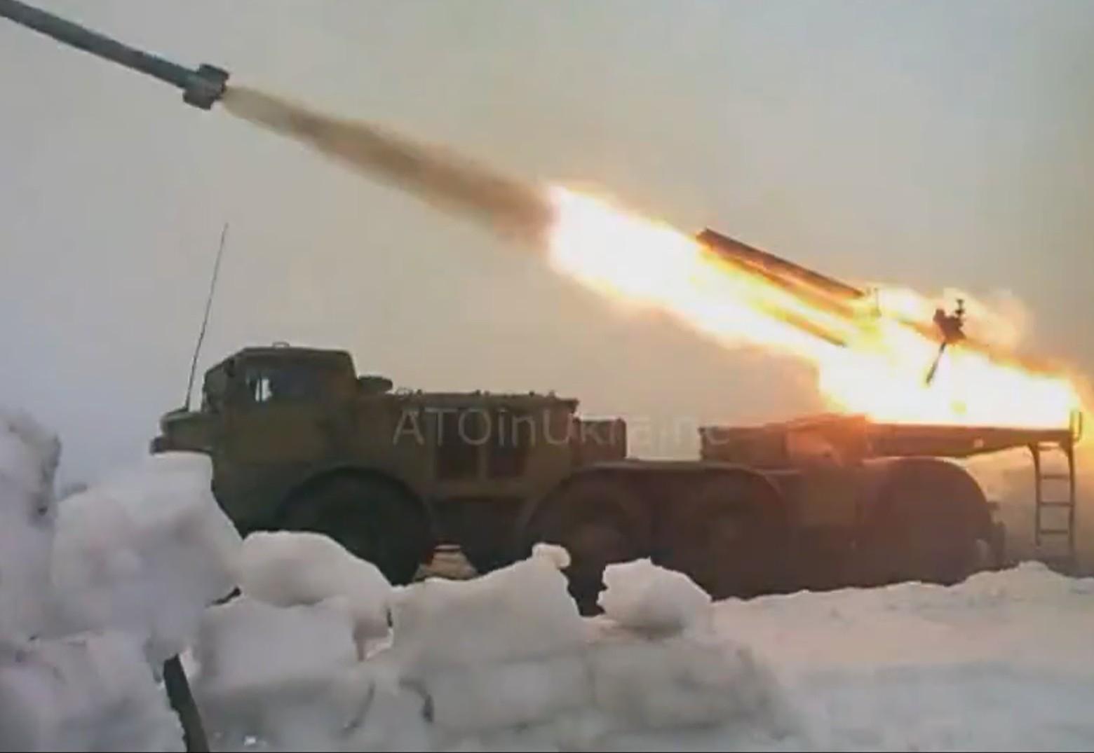 Зоринск в ЛНР обстреляли из