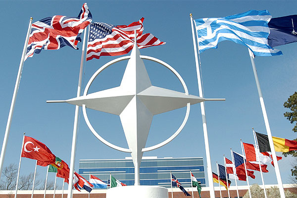 НАТО усилит военное присутствие в Восточной Европе