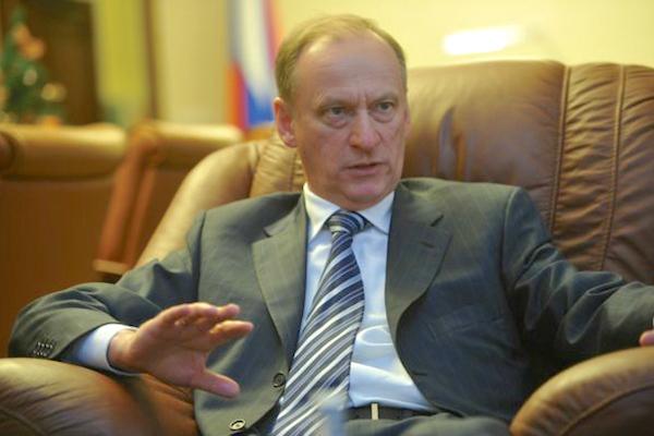 В случае поставки оружия Киеву из США Москва продолжит действовать дипломатически