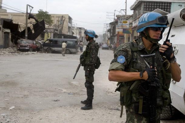Киев обратится к ООН и ЕС с просьбой ввести полицейскую миссию на Украину