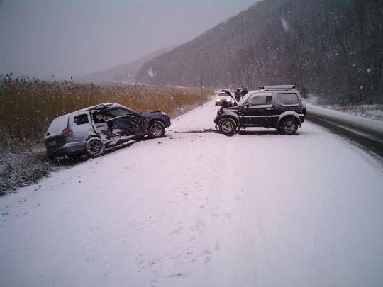В Приморье из-за снегопада количество ДТП увеличилось в шесть раз