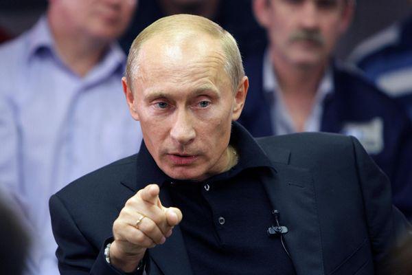 Песков о Меркель: Никто не может общаться с Путиным в тоне ультиматумов