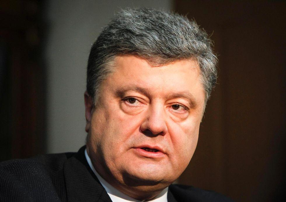 Порошенко покинул переговоры «нормандской четверки» с участием представителя ОБСЕ