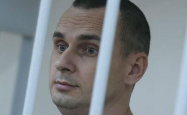 Режиссеру Олегу Сенцову предъявлено очередное обвинение