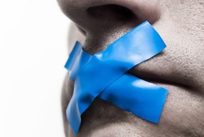 Евросоюз призывает Киев соблюдать свободу слова