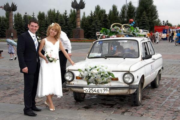Россияне начали экономить на тематических свадьбах