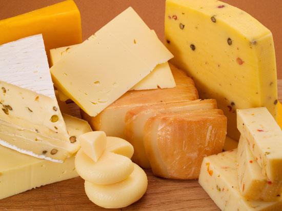 Роспотребнадзор запретил ввоз сырных продуктов из Польши