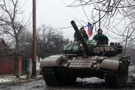 Отвод вооружения от линии соприкосновения в Донбассе начнется сегодня