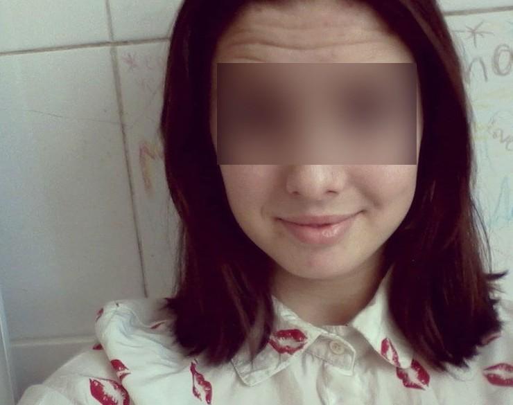 В Кузбассе после празднования дня рождения из окна выпала школьница