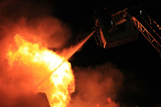 В Варшаве горит мост через Вислу