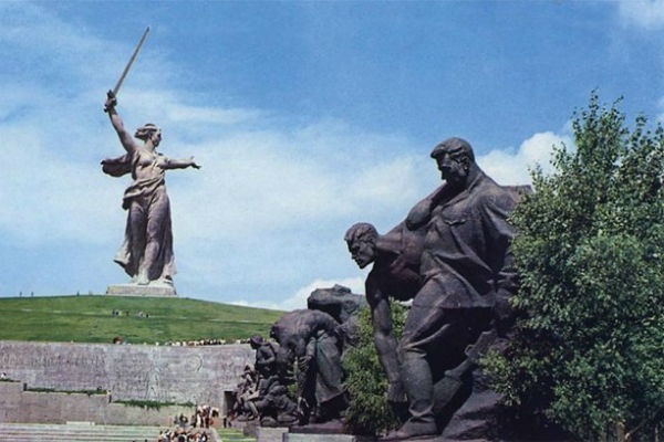 Госдума рассмотрит вопрос о возвращении Волгограду названия Сталинград