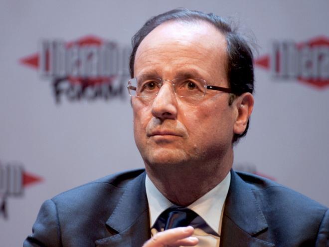 Олланд: Все пассажиры разбившегося лайнера скорее всего погибли