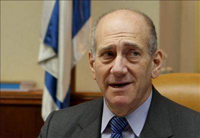 Экс-премьера Израиля Ольмерта признали виновным во взяточничестве