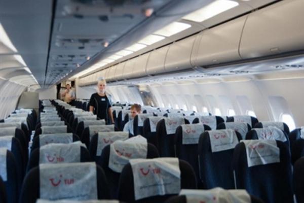 С борта самолета был украден спасательный жилет