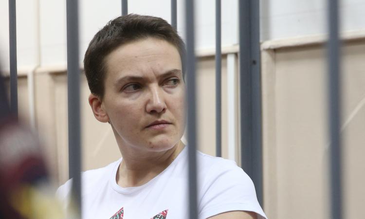 Летчица Савченко может умереть 8 марта
