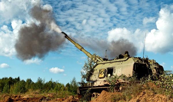Девять мирных жителей погибли при обстреле силовиками Юнокоммунаровска и Енакиево
