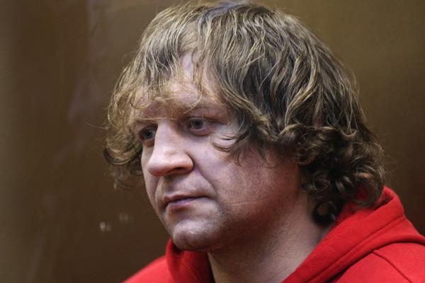 Потерпевшая по делу бойца Емельяненко заявила об угрозах убийством