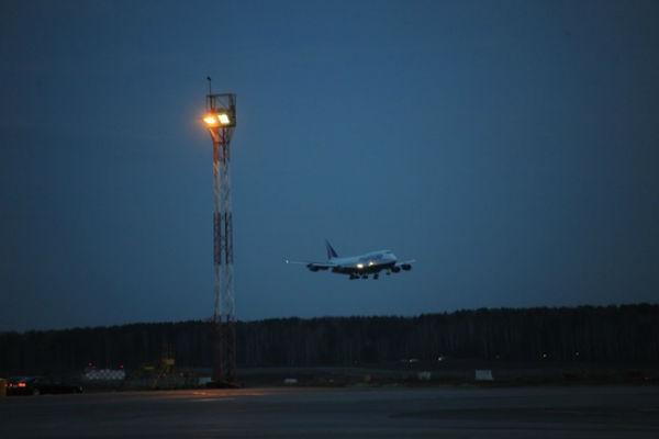 После экстренной посадки «Боинга» в Красноярске умер пассажир