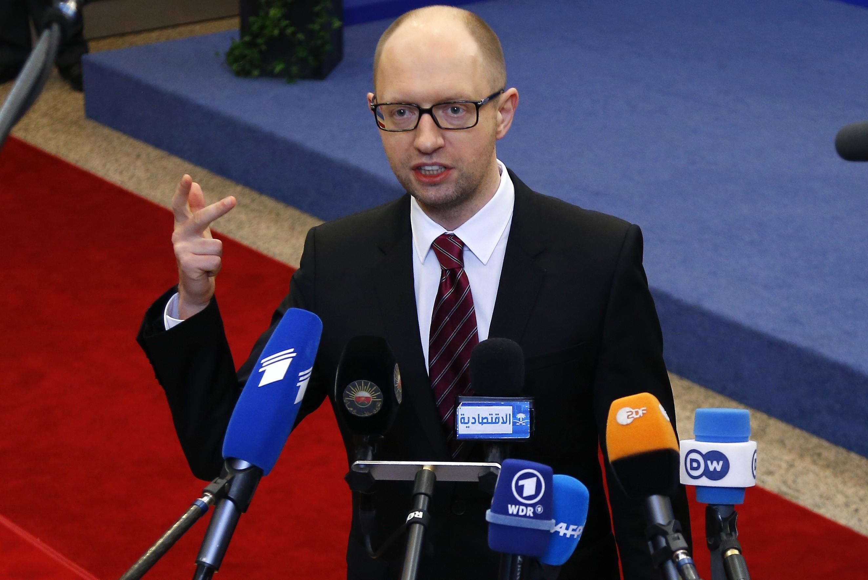 Яценюк надеется на отправку миротворцев ЕС на Украину