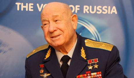 Россия отмечает 50 лет со дня первого выхода человека в открытый космос