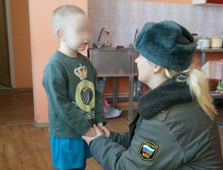 В Брянске родителям троих детей-маугли предъявлено обвинение