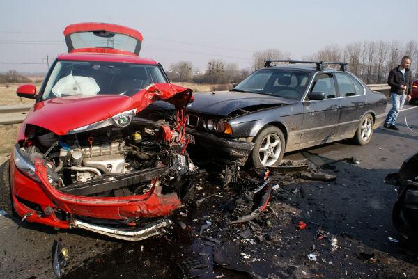 В страшном ДТП погиб калининградский таксист