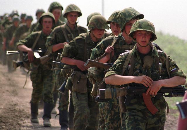 Путин подписал закон о воинском призыве в Крыму