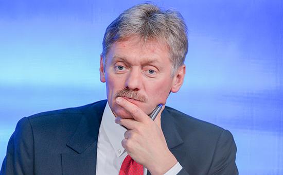 Песков: Путина демонизируют за отстаивание интересов России