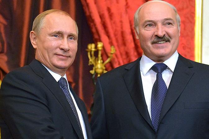 Путин вручил Лукашенко орден Александра Невского