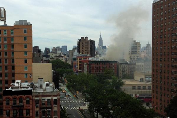 Жилое здание обрушилось в Нью-Йорке