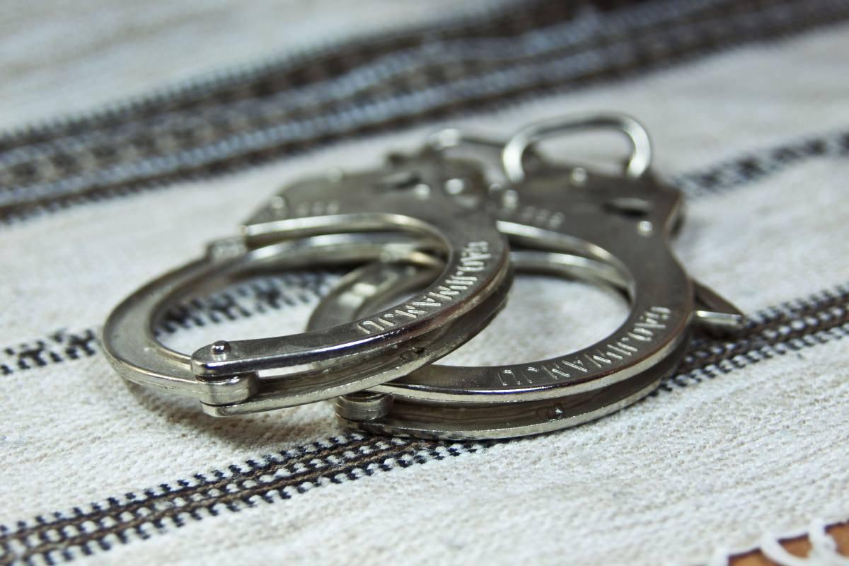 Полицейских арестовали за издевательства над женщиной в Мытищах