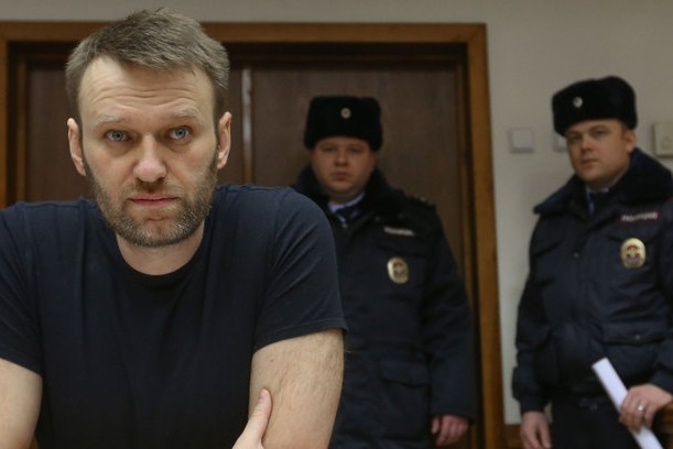 Навального хотят отправить в колонию