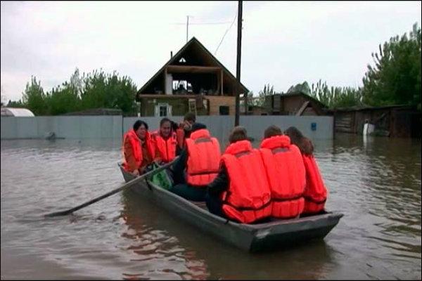 В Лагани продолжают эвакуировать людей из зоны подтопления