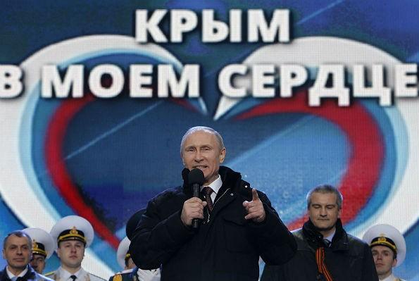 Путин лично контролировал события в Крыму