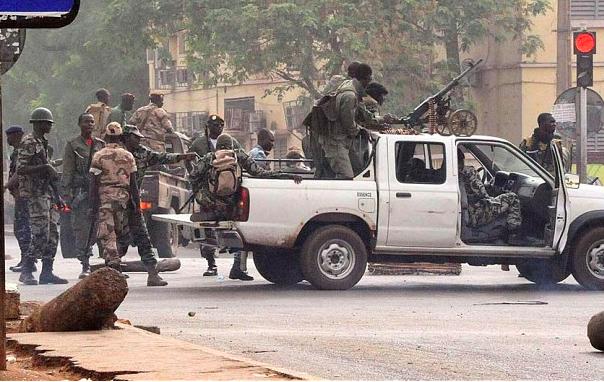 Двое европейцев застрелены в столице Мали