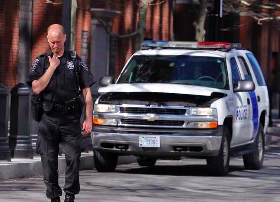 Полицейский в США застрелил безоружного темнокожего подростка