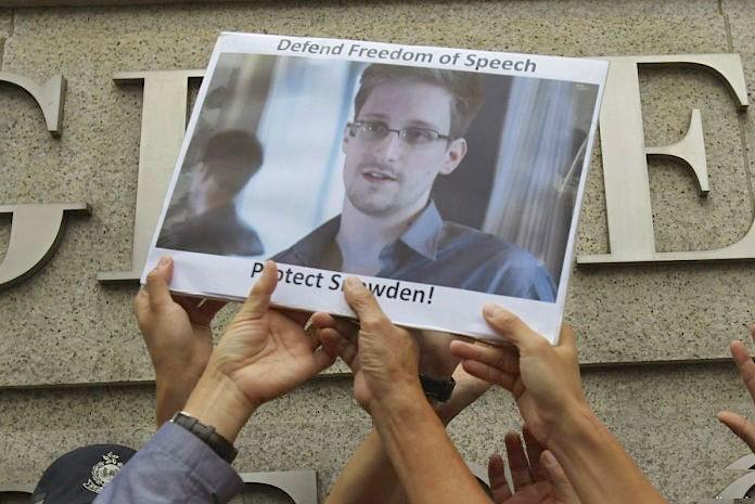 США угрожают Германии санкциями из-за Сноудена