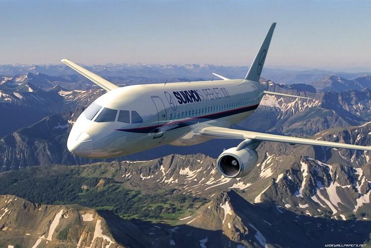 Французские авиакосмические фирмы продолжат работать с Россией