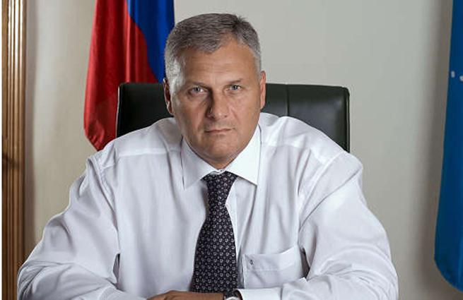 У арестованного губернатора Сахалина нашли в доме миллиард рублей