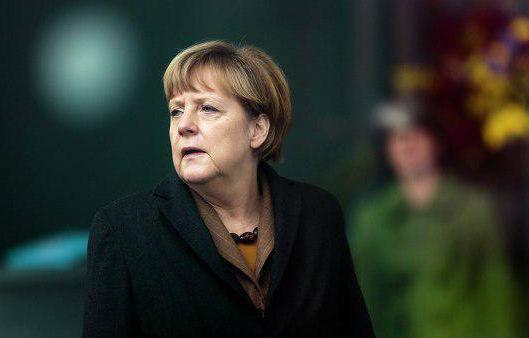 Меркель высказалась за сохранение санкций против России