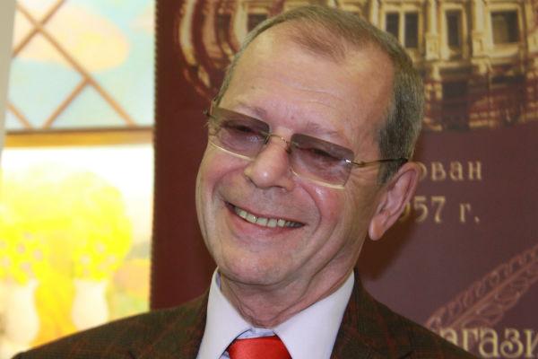 Писатель-сатирик Аркадий Арканов госпитализирован в тяжелом состоянии