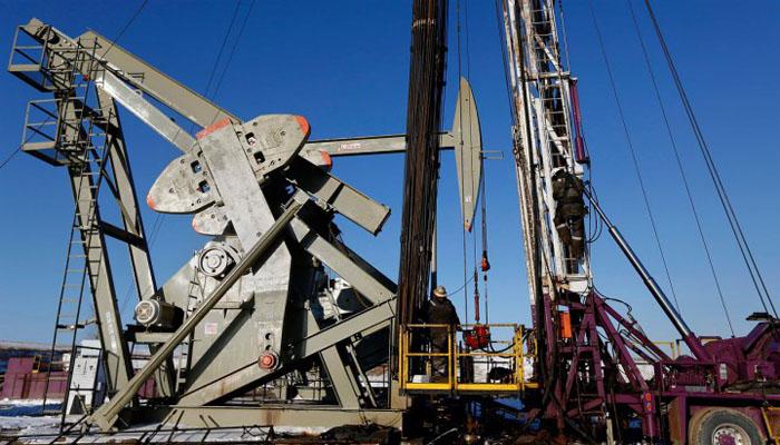 Нефть подорожала за счет снижения числа буровых установок в США
