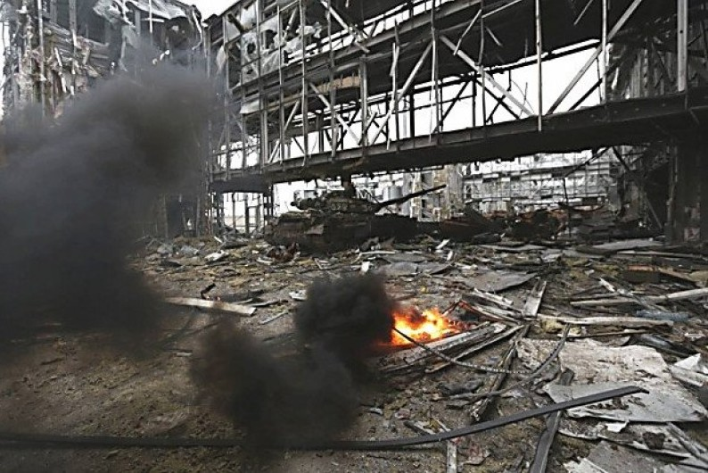 В донецком аэропорту обнаружены 373 тела