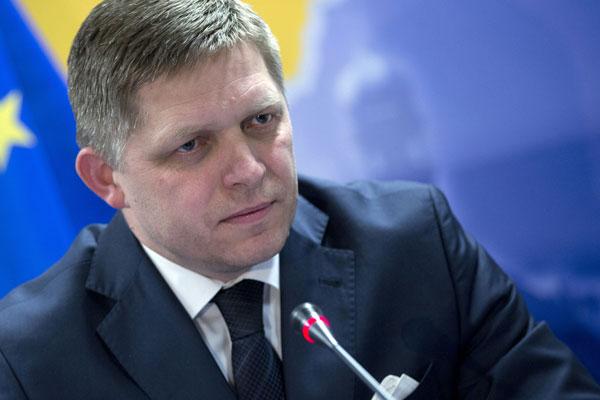 Словацкий премьер призвал прекратить спекуляции на жертвах Второй мировой