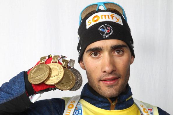 Звезда французского биатлона подарил россиянке свою золотую медаль