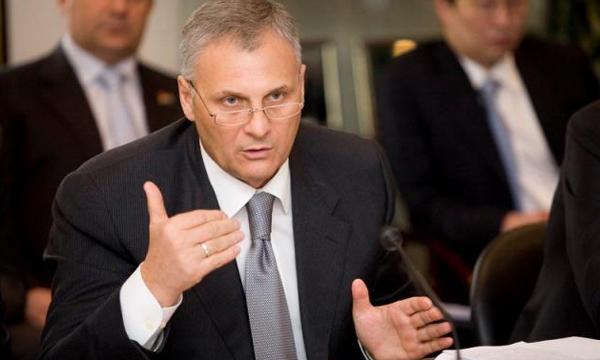 Губернатору Сахалина и его соучастнику предъявлено обвинение